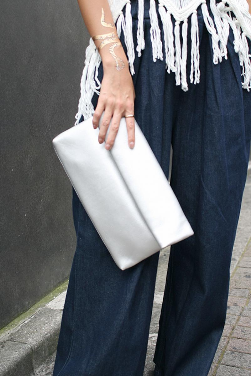 Simple Roll Clutch Bag