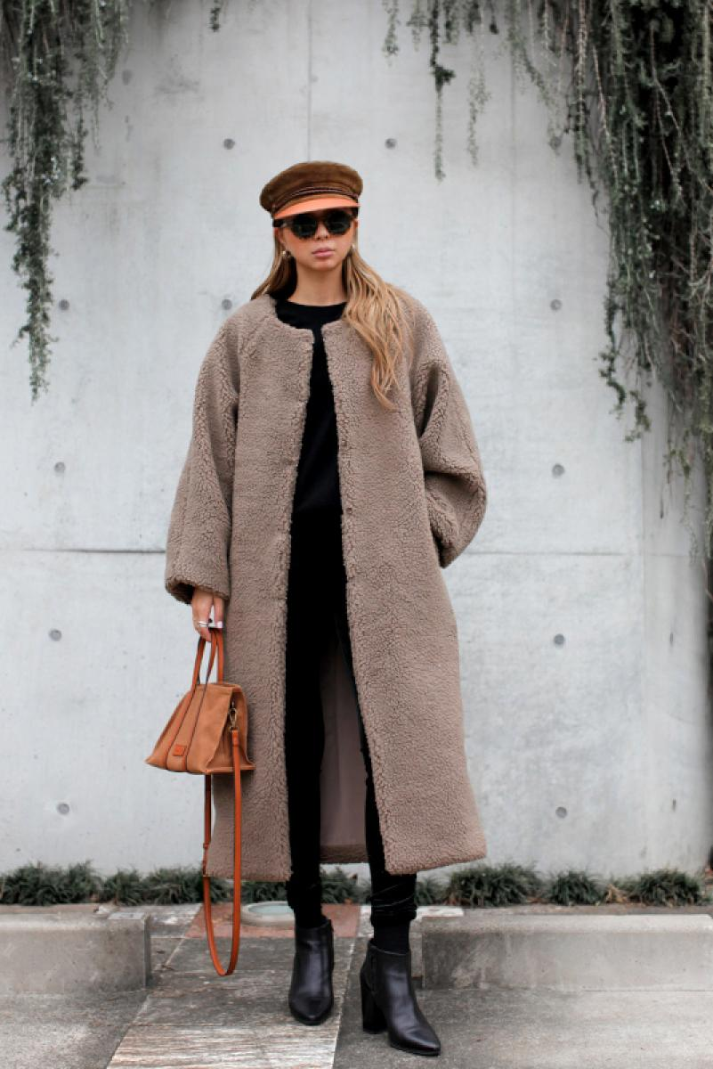 Over Boa Long Coat