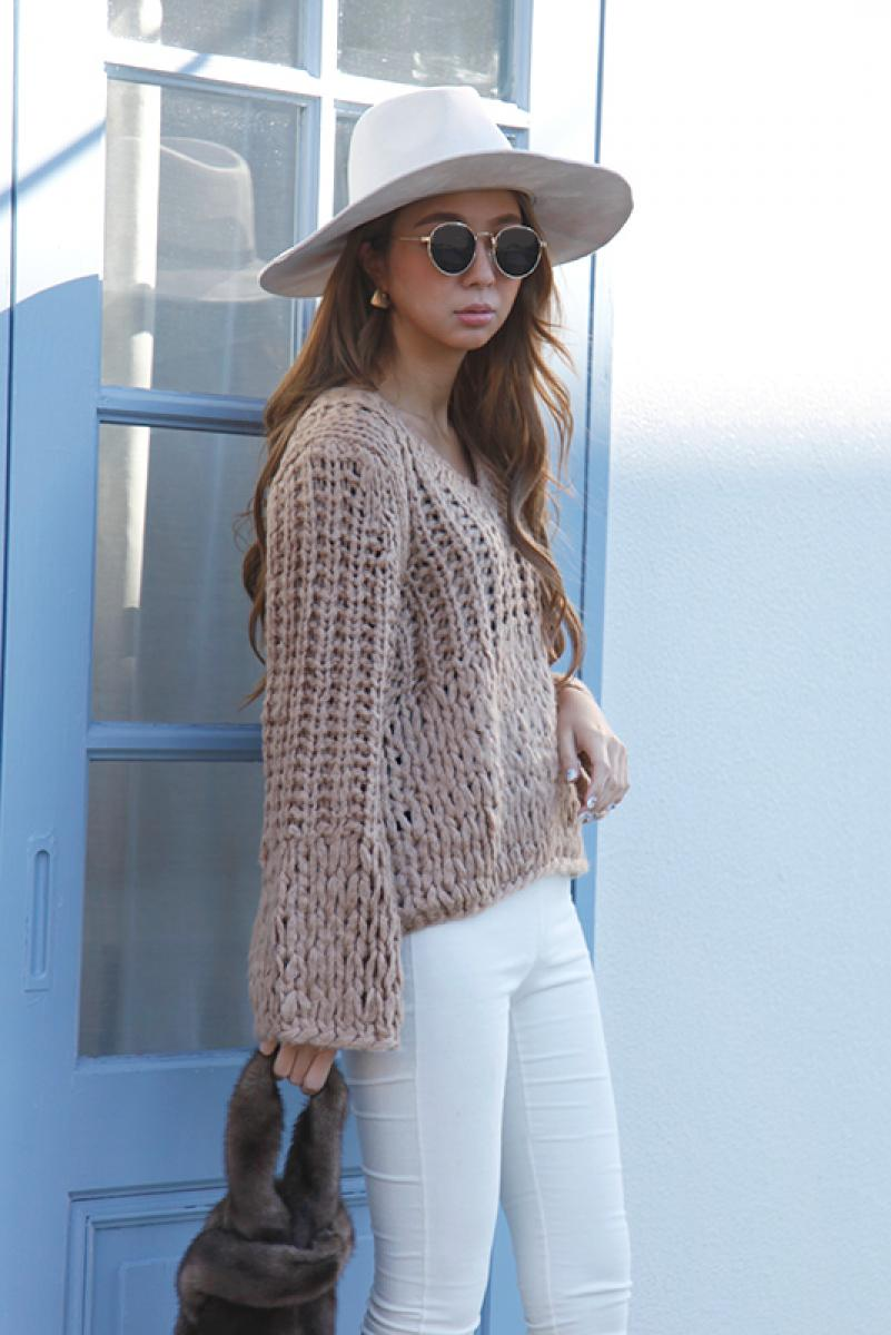 Loose V Knit Tops