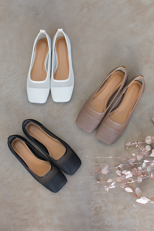 Square Mesh Flat Shoes