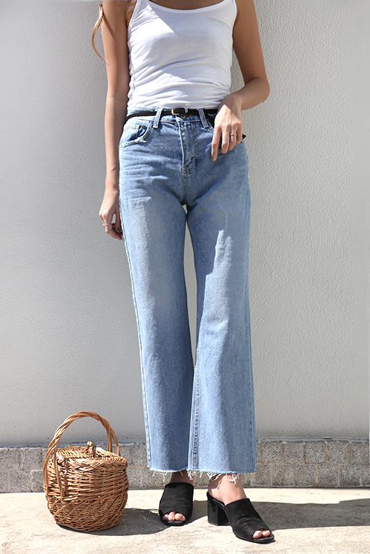 Loose Straight Denim