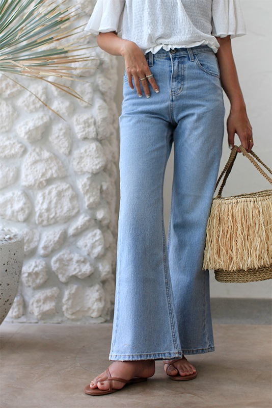 Slim Straight High-waist Denim